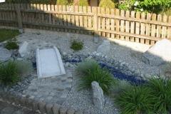 gartengestaltung-vorgarten-bruecke-hinten