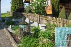 gartengestaltung-vorgarten-brunnen