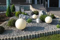 gartengestaltung-vorgarten-steine